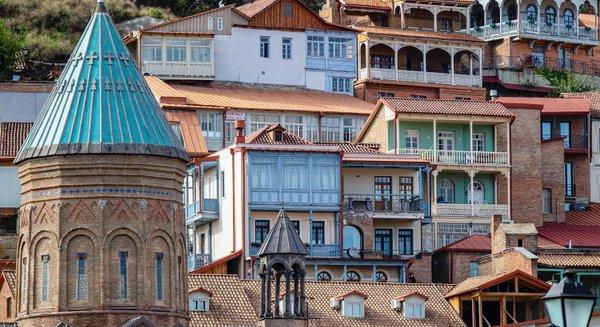 Купить дешевые авиабилеты в Тбилиси