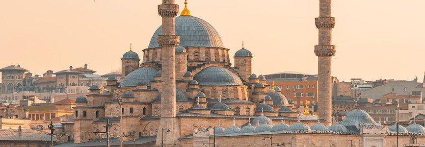Купить авиабилеты Батуми - Стамбул дешево и без комиссии. Цены на прямые рейсы