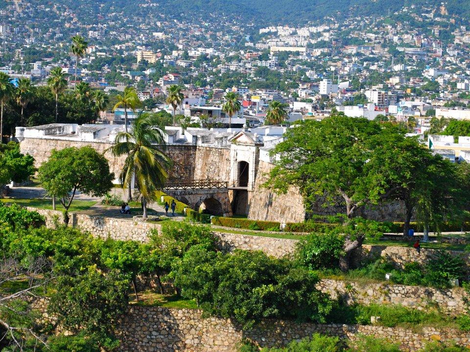 Lennot Acapulcoon edullisemmin netistä.