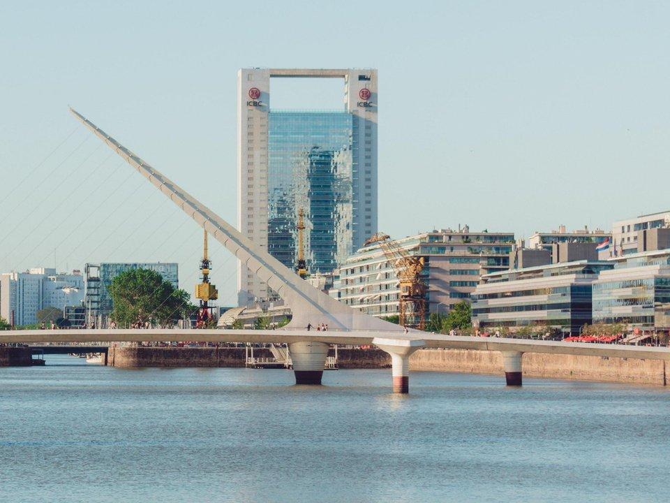 Lennot Buenos Airesiin edullisemmin netistä.