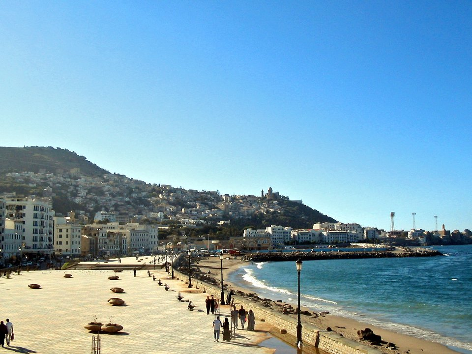 Дешевые авиабилеты Барселона Алжир