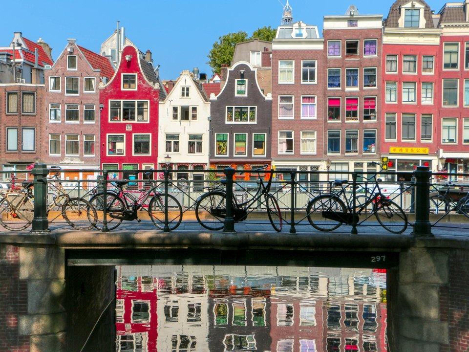 Lennot Amsterdamiin edullisemmin netistä.