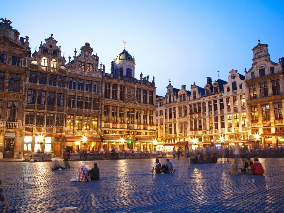 Lennot Brysseliin edullisemmin netistä.