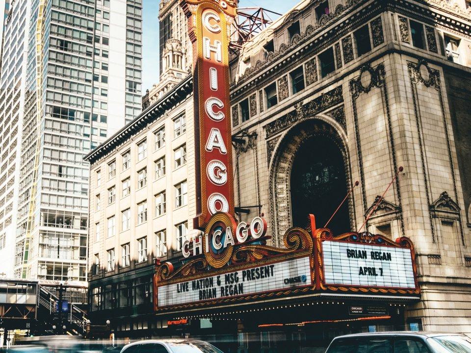 Lennot Chicagoon edullisemmin netistä.