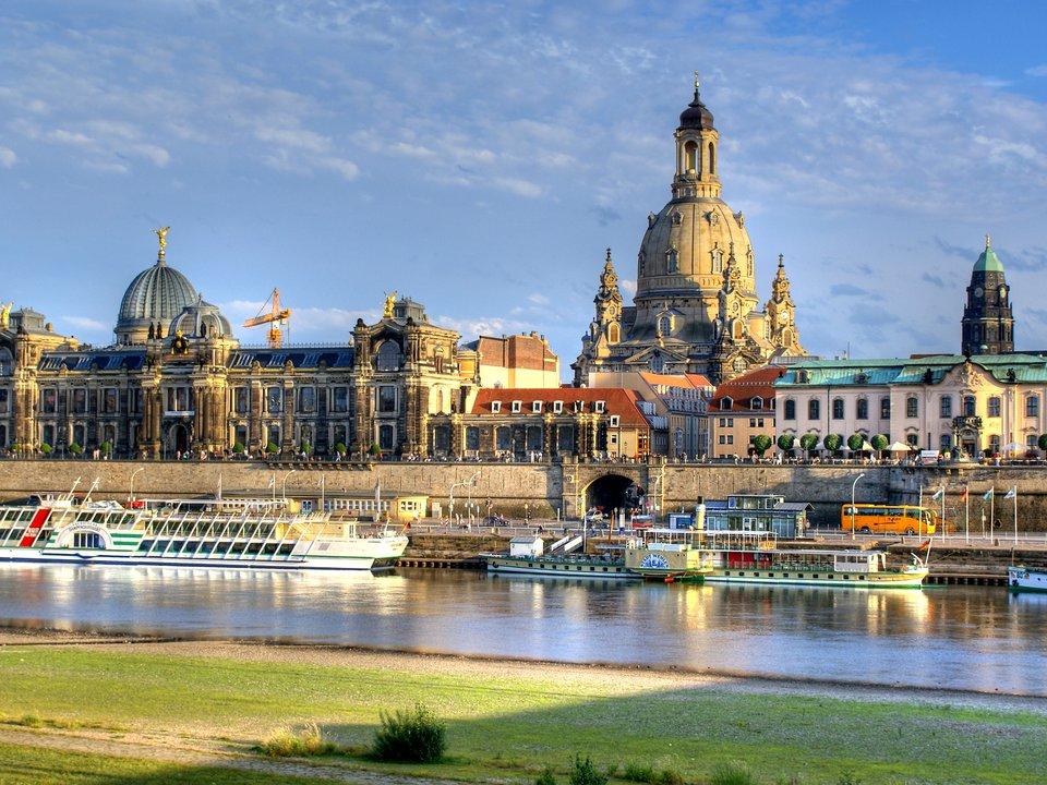 Lennot Dresdeniin edullisemmin netistä.