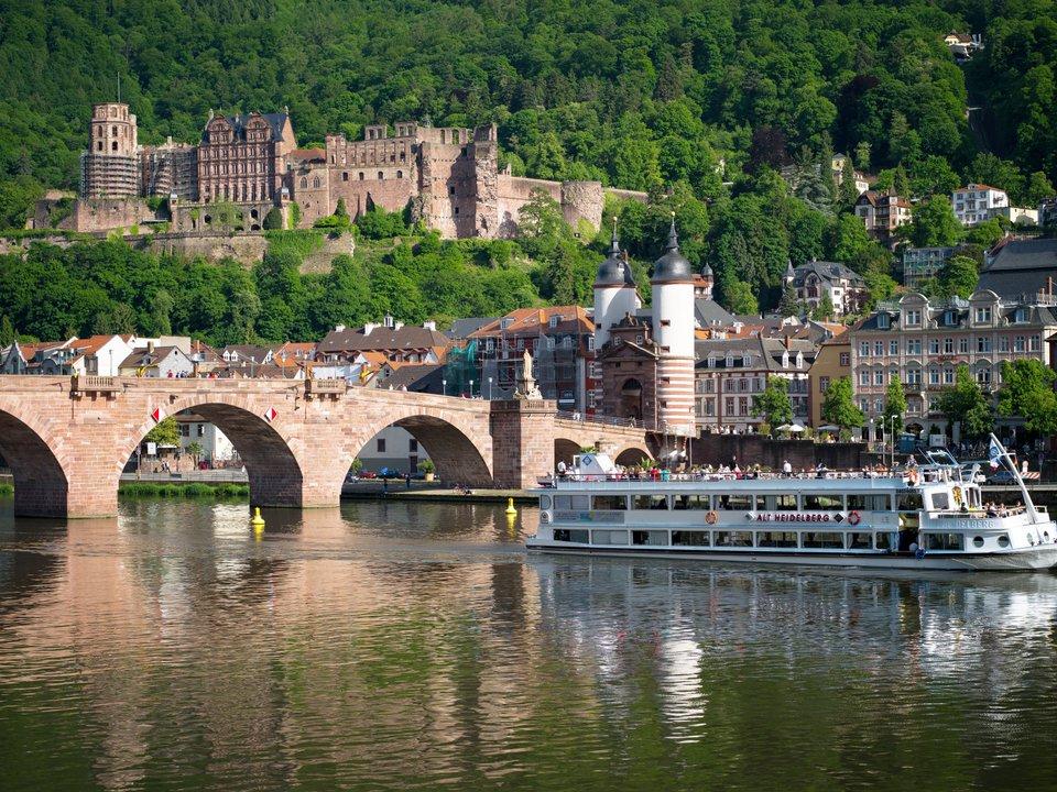 Lennot Heidelbergiin edullisemmin netistä.