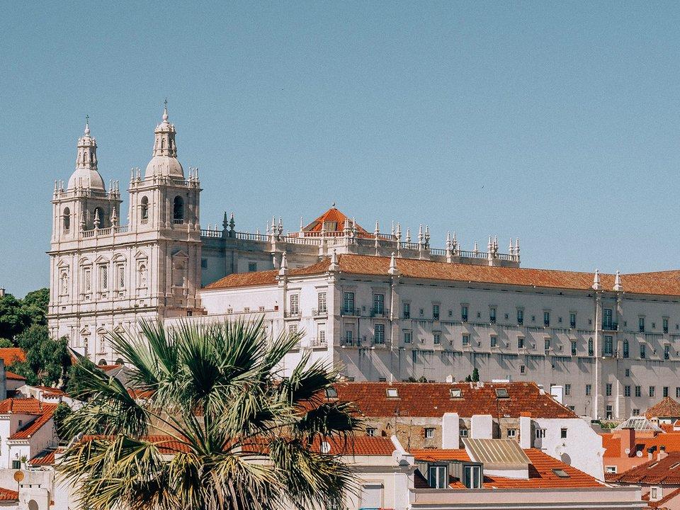Lennot Lissaboniin edullisemmin netistä.