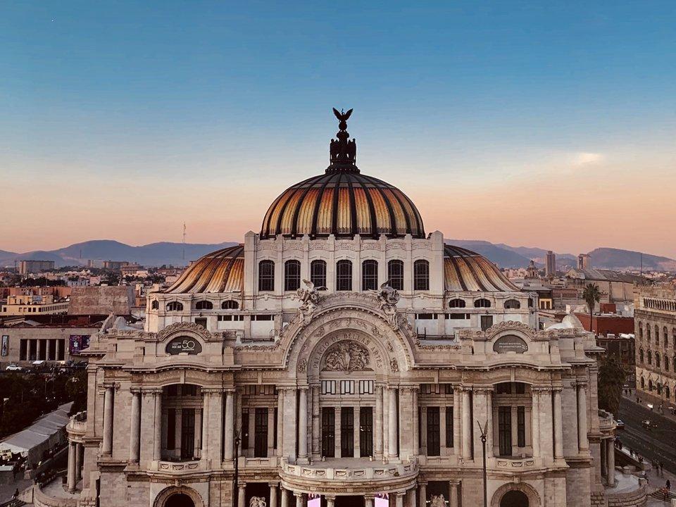 Lennot Mexico Cityyn edullisemmin netistä.