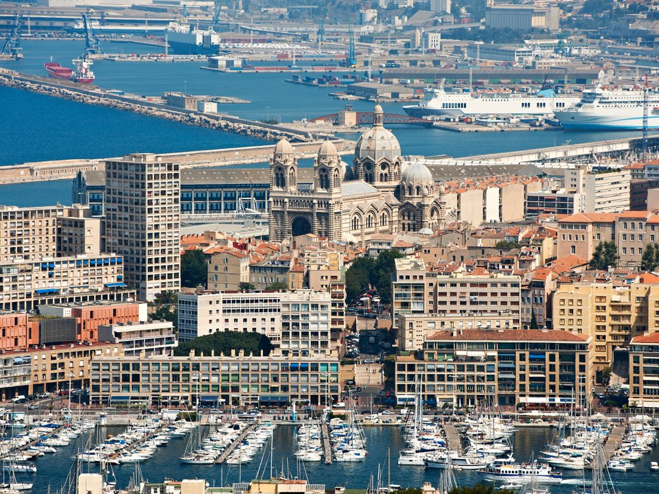 Lennot Marseilleen edullisemmin netistä.