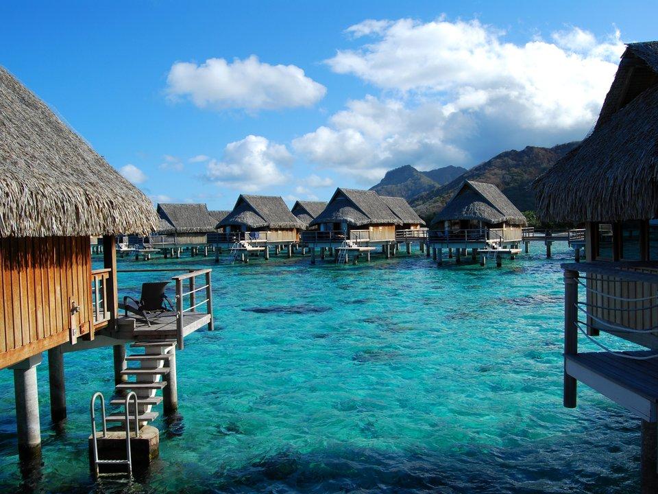 Lennot Tahitiin edullisemmin netistä.
