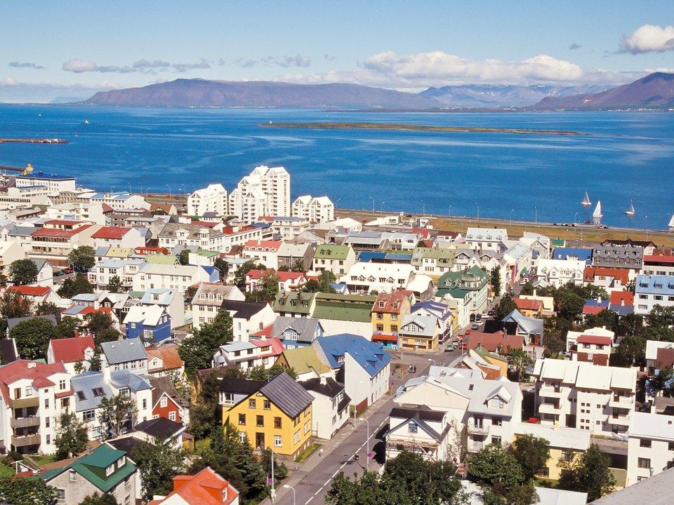 Дешевые авиабилеты Красноярск Исландия