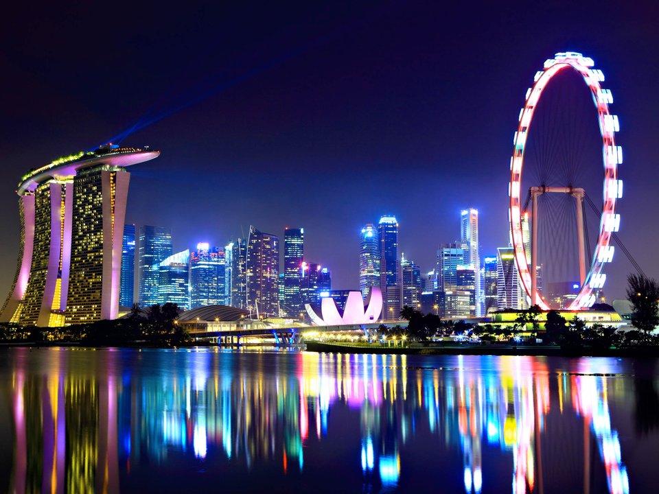 Lennot Singaporeen edullisemmin netistä.