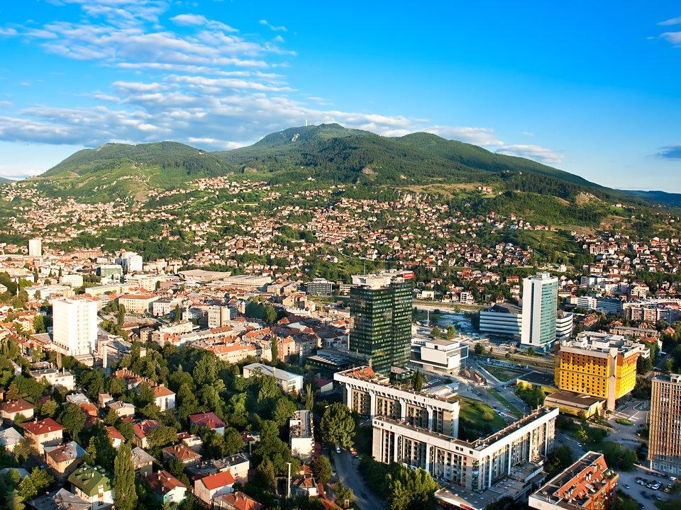 Lennot Sarajevoon edullisemmin netistä.