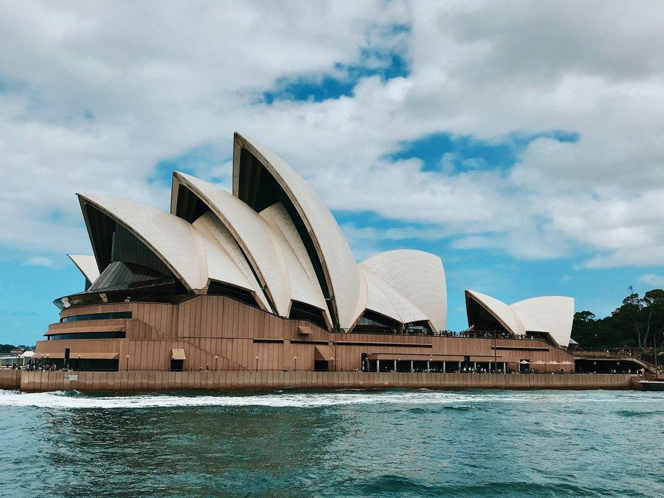 Lennot Sydneyyn edullisemmin netistä.