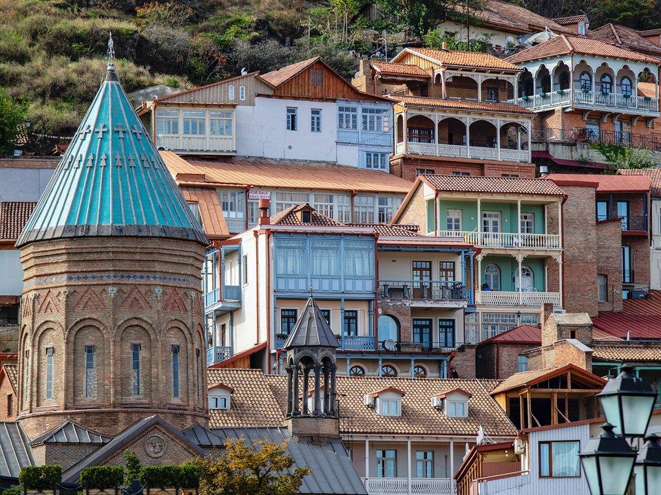 Lennot Tbilisiin edullisemmin netistä.