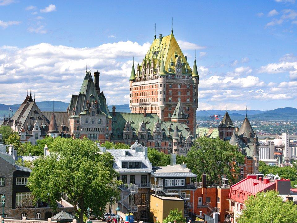 Lennot Québeciin edullisemmin netistä.